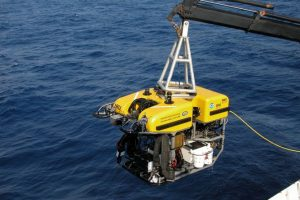 """ROV sumergible """"Hércules"""" con la misión de filmar peces abisales y recoger muestras."""